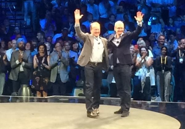 Apple CEO Tim Cook makes surprise appearance at Cisco's annual sales conference